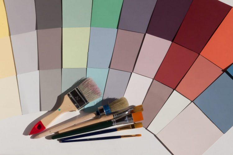 Come abbinare i colori delle pareti di casa